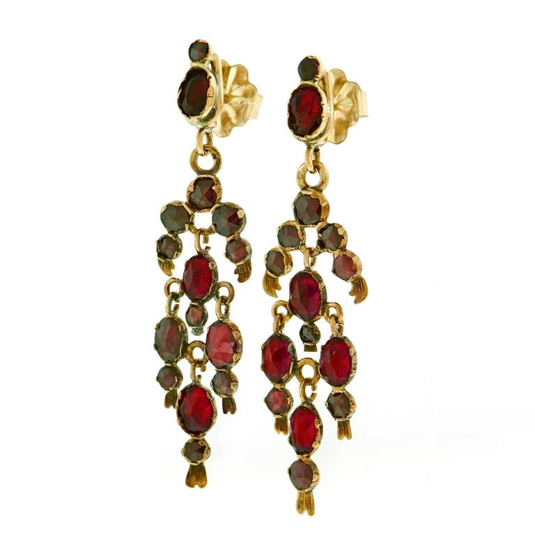 Gorgeous 19th Century French Garnet Gold Chandelier Earrings 4