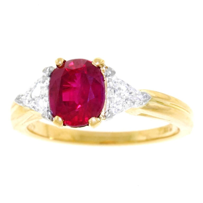 Oscar Heyman 1.89 Carat Ruby and Diamond Set Gold Ring For Sale
