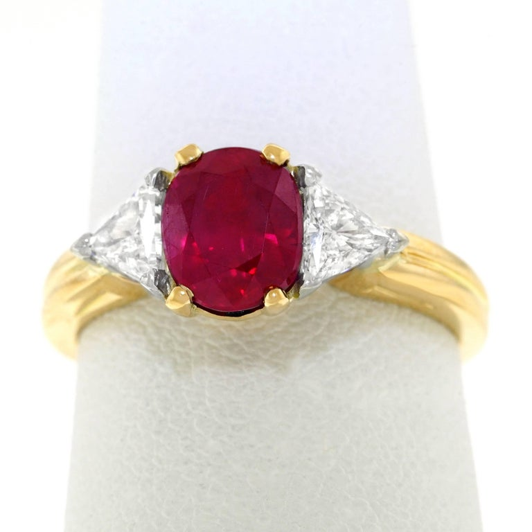 Oscar Heyman 1.89 Carat Ruby and Diamond Set Gold Ring For Sale 4