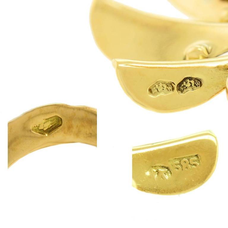 Art Deco Flower Power Gold Earrings For Sale 2