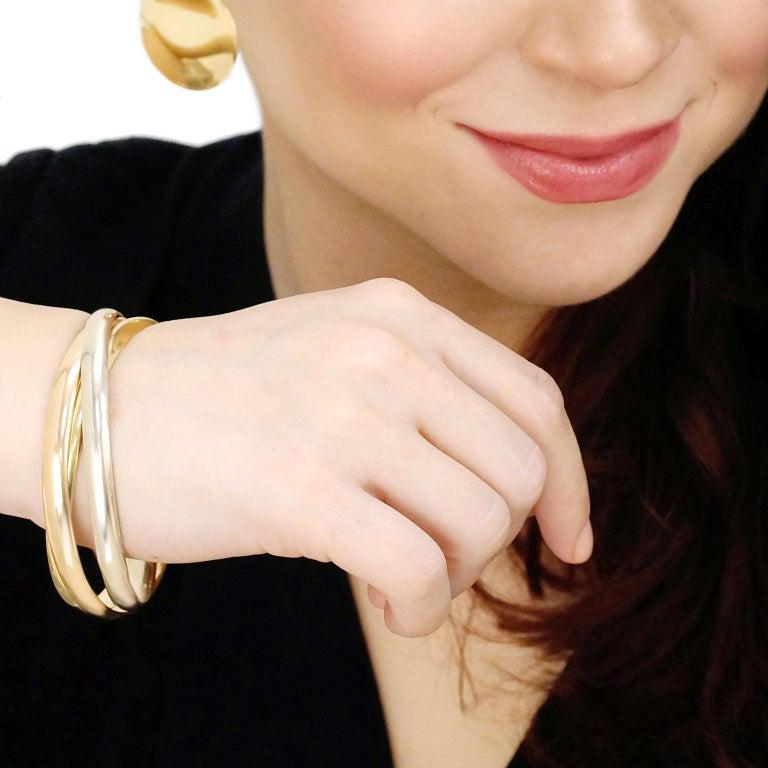 Women's or Men's Cartier Trinity Bracelet in Gold For Sale