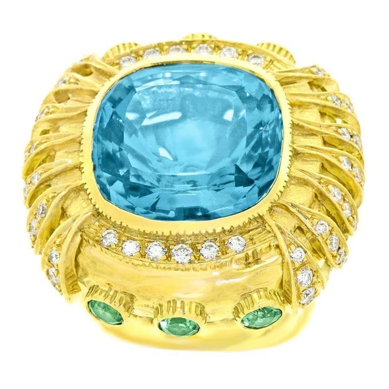 Gorgeous Organic Motif Aquamarine Diamond Gold Ring 3