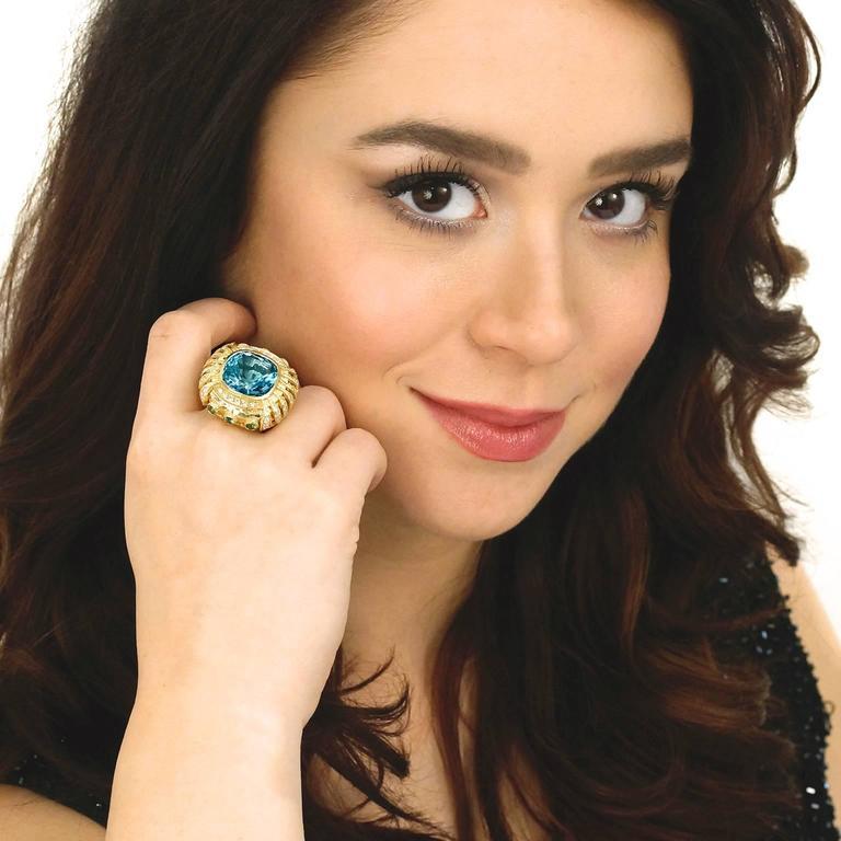 Gorgeous Organic Motif Aquamarine Diamond Gold Ring 2