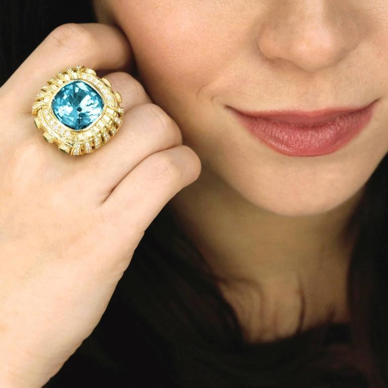 Gorgeous Organic Motif Aquamarine Diamond Gold Ring 4