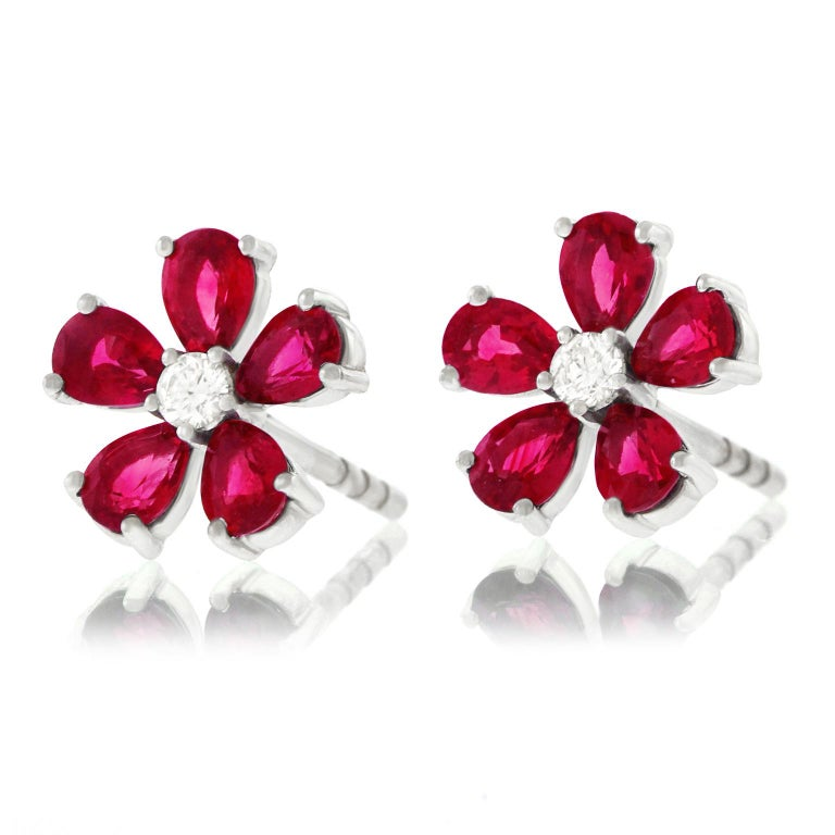 Spark Ruby and Diamond Set Gold Flower Earrings For Sale 4