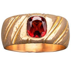 Russian Garnet Gold Ring, circa 1910