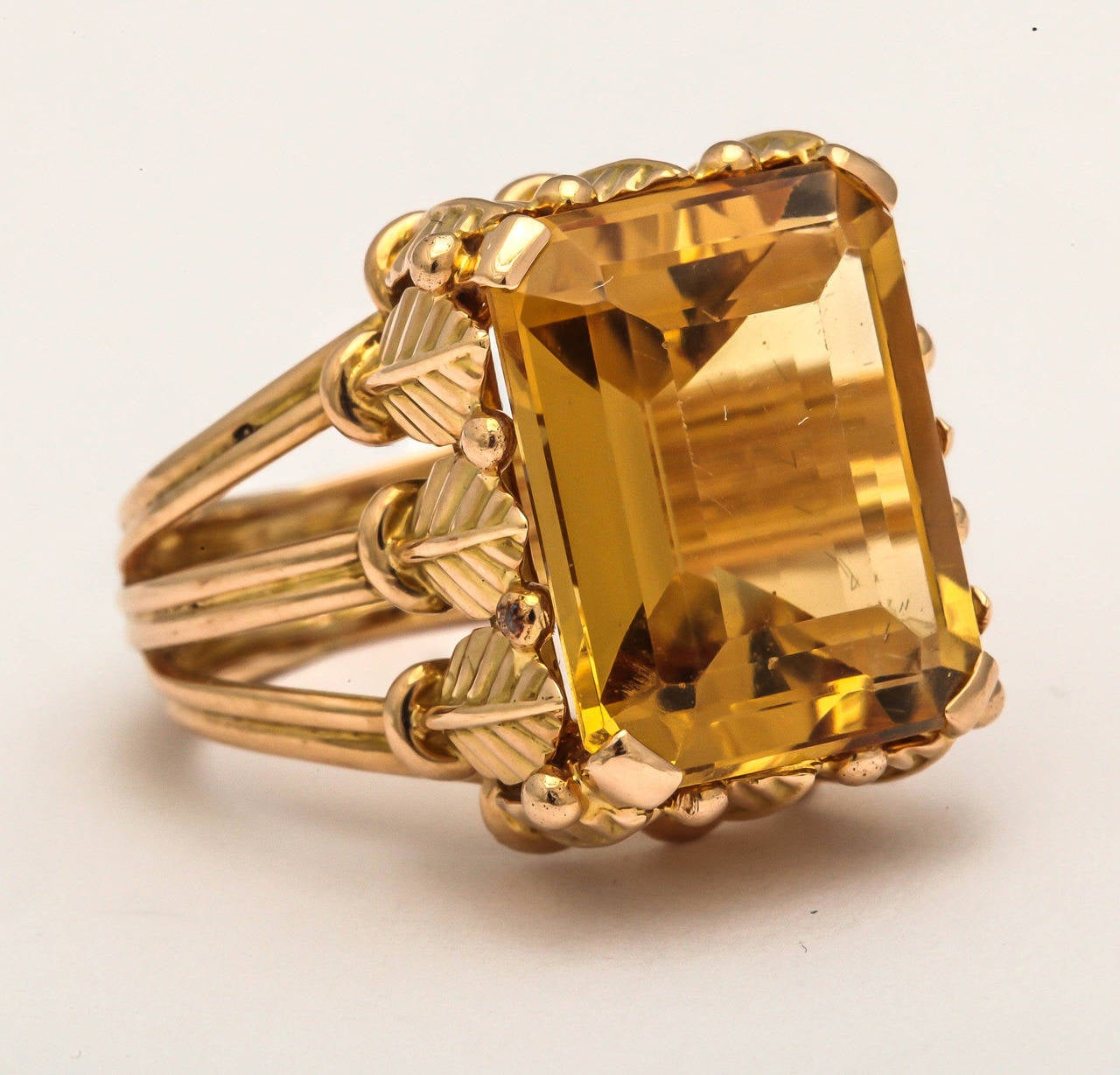 Emerald Cut 1970s French Citrine 18k Gold Cocktail Ring, Paris For Sale