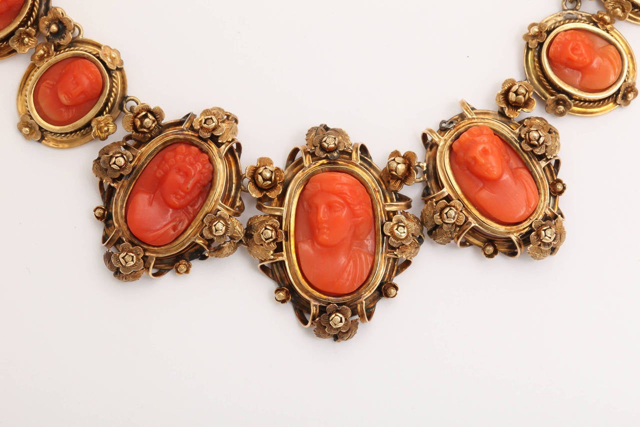 1870s Carved Coral Gold Link Necklace For Sale 1