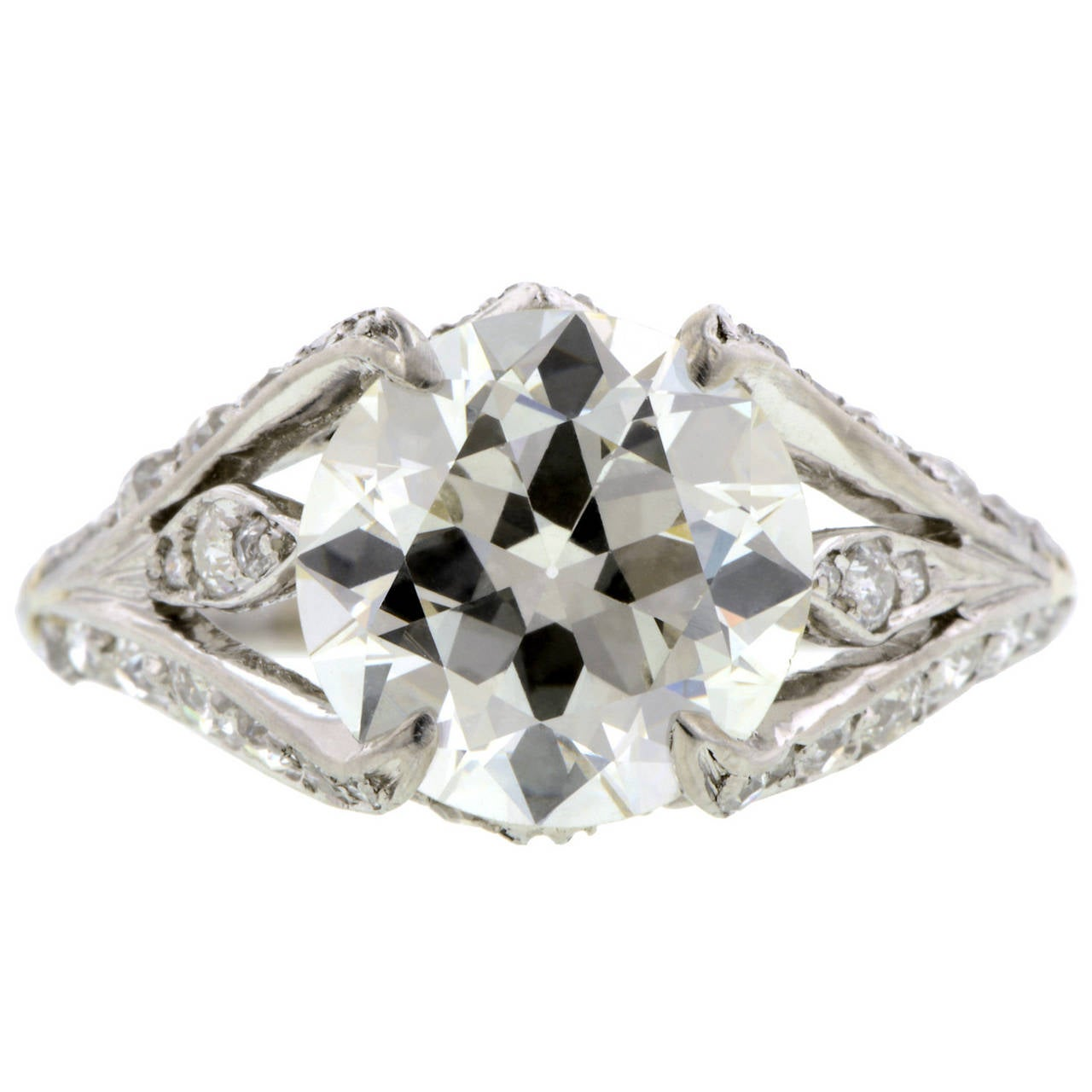 3 00 Carat Diamond Platinum Flamelike Motif Engagement Ring For Sale at 1stdibs
