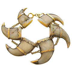 A Victorian Gold and Tiger Claw Bracelet