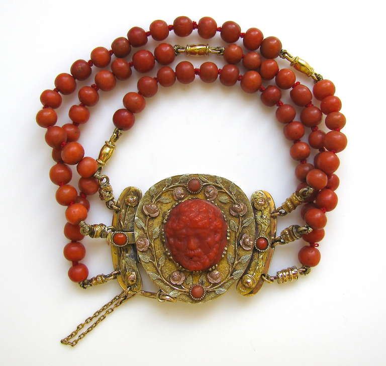 Victorian An Antique Gold and Coral Bracelet For Sale