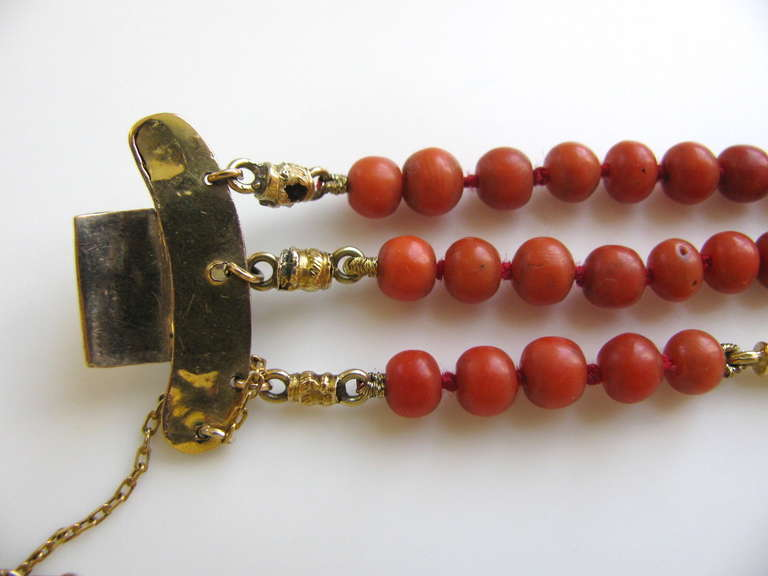 An Antique Gold and Coral Bracelet For Sale 4