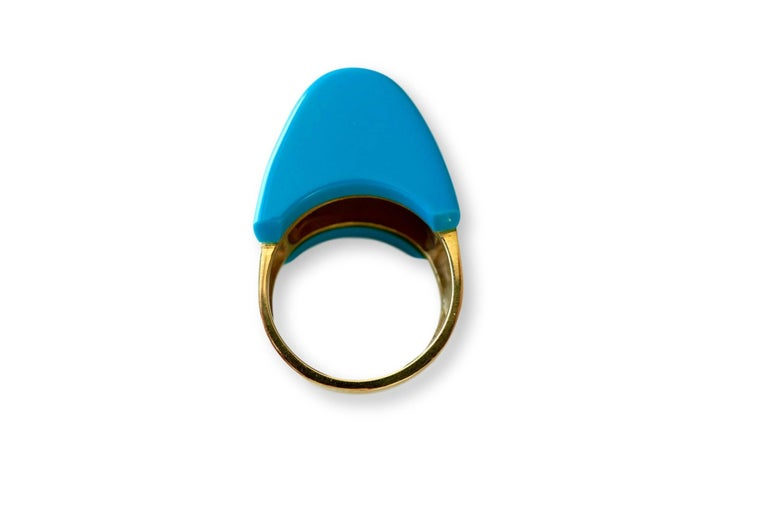1970s Turquoise and Diamond Ring In Excellent Condition For Sale In Cincinnati, OH