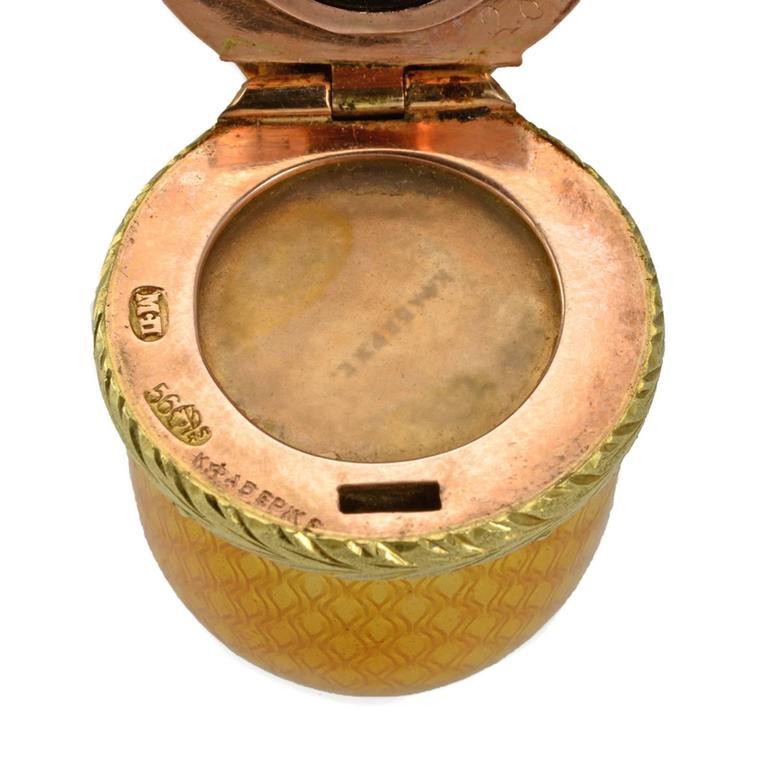 Fabergé Antique Diamond, Two-Color Gold and Guilloché Enamel Perfume Bottle For Sale 1