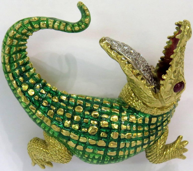Incredibly Detailed Diamond Ruby Enamel Gold Alligator Pin For Sale 1