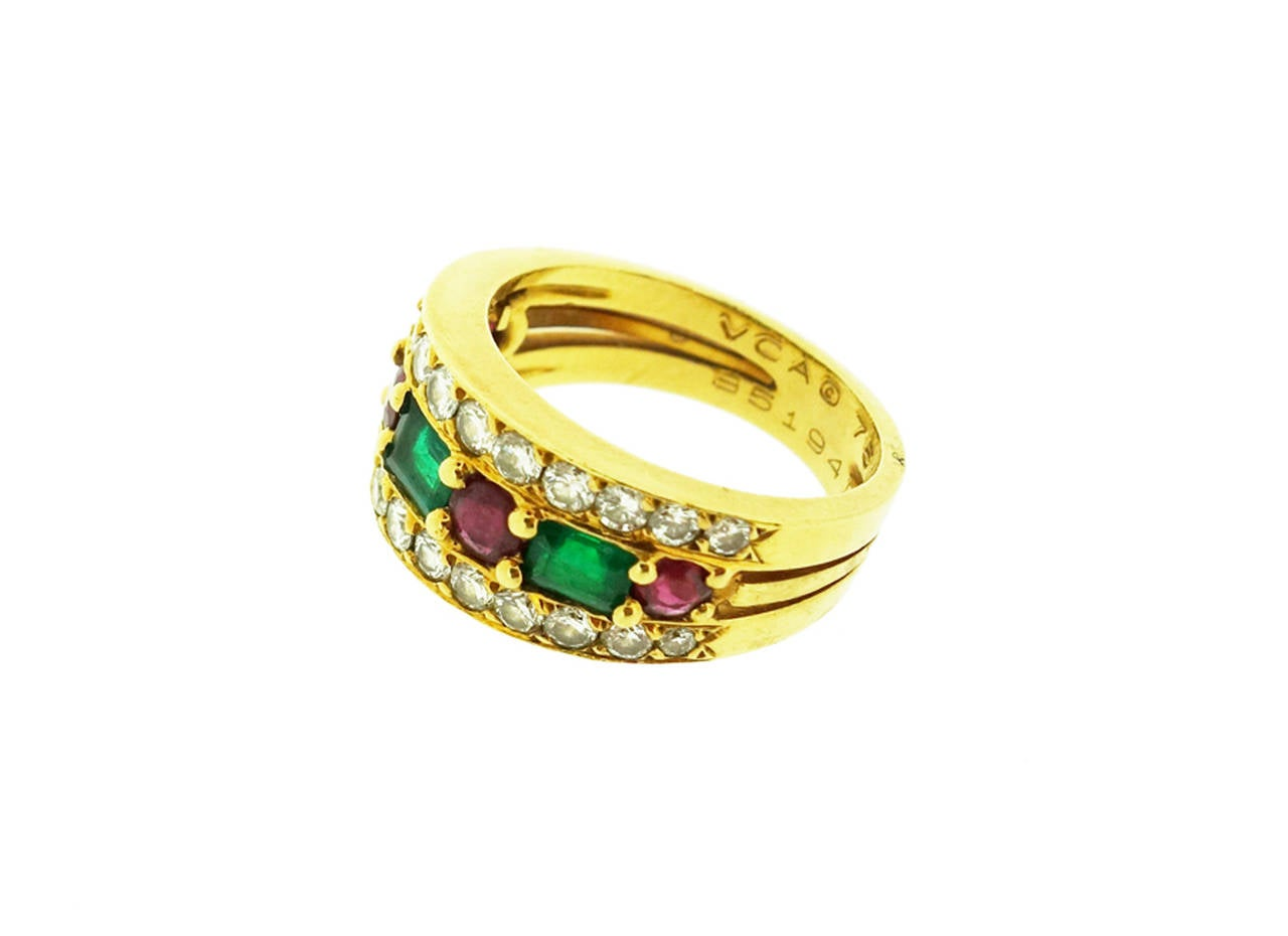 Women's Van Cleef & Arpels Emerald Ruby Diamond Gold Band Ring For Sale