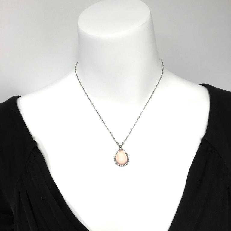 Favero Cabochon Rose Quartz Diamond Gold Necklace In Excellent Condition For Sale In Agoura Hills, CA