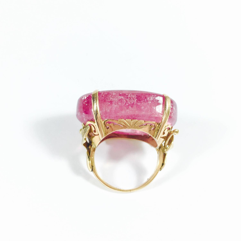 Large Chinese Pink Tourmaline Cabochon Gold Ring At 1stdibs