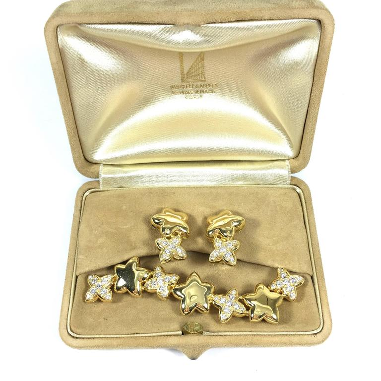Van Cleef & Arpels Stars Diamond Gold Earrings and Brooch 2