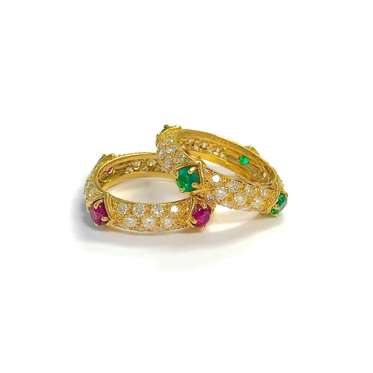 Mauboussin Diamond and Emerald Yellow Gold Eternity Band For Sale 6