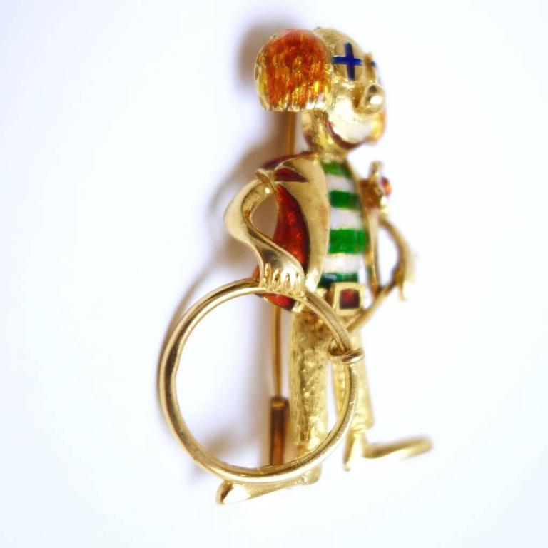 Whimsical Enamel Gold Happy Clown Brooch 4