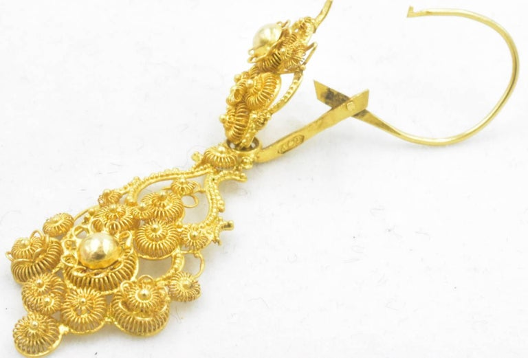 Antique 18 Karat Gold Cannetille Earrings For Sale 4
