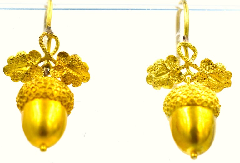 Antique Gold Acorn Earrings For Sale 1