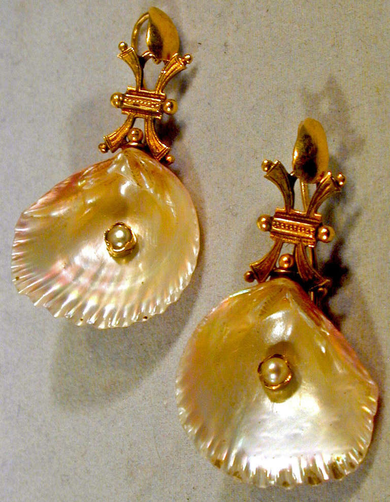 Antique Shell Pearl Gold Earrings 3