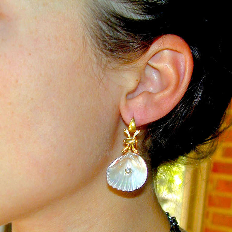 Antique Shell Pearl Gold Earrings 9