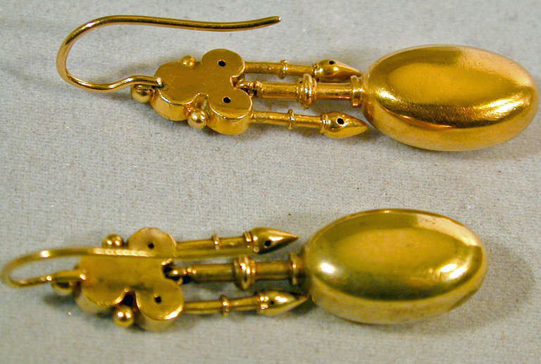 Antique Gold Etruscan Motif Earrings 4