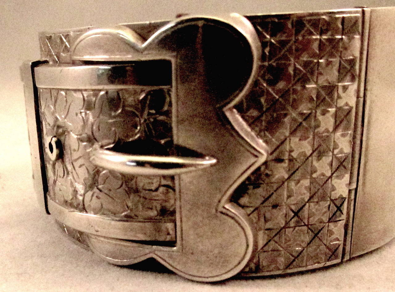Antique Victorian Sterling Silver Buckle Motif Cuff Bracelet In Excellent Condition For Sale In Baltimore, MD