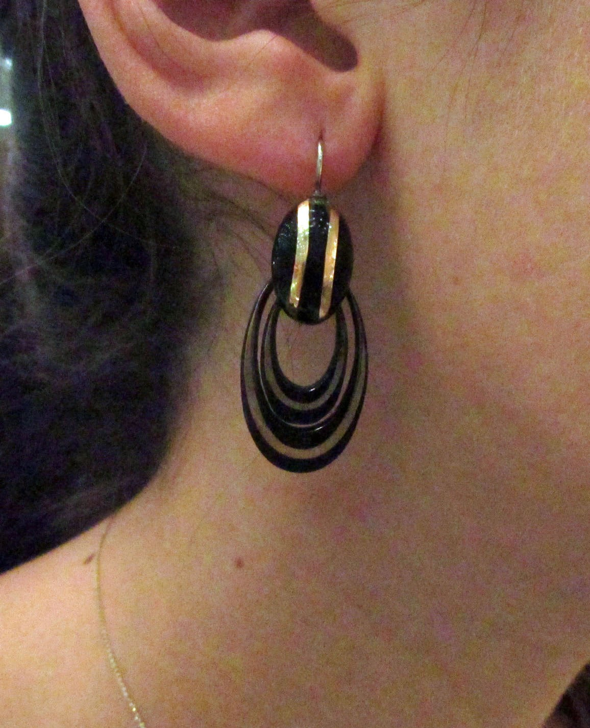 Women's Antique Pique and Gold Hoop Earrings For Sale