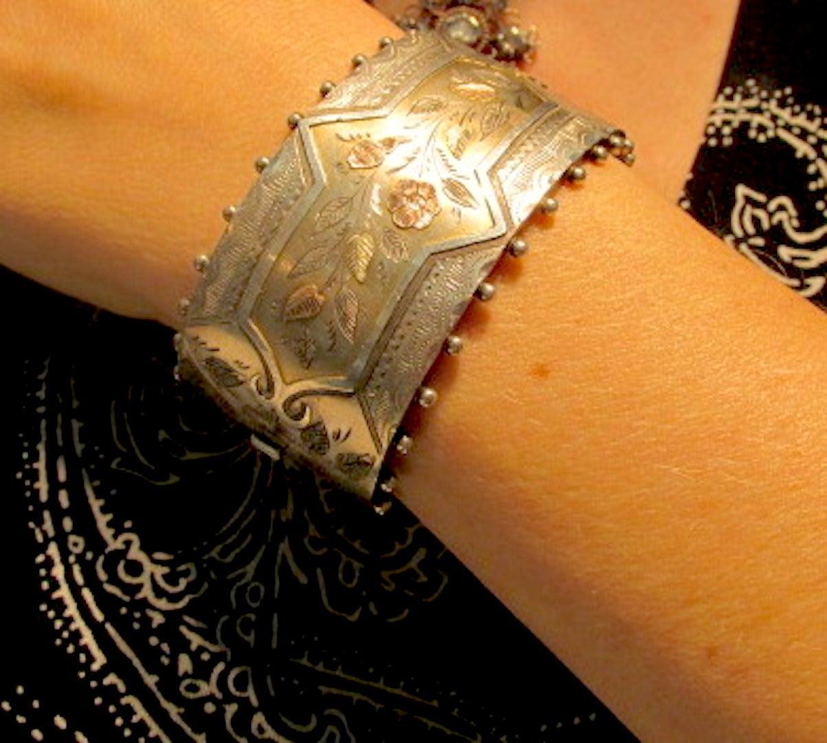 Women's Antique Silver Floral Motif Cuff Bracelet For Sale