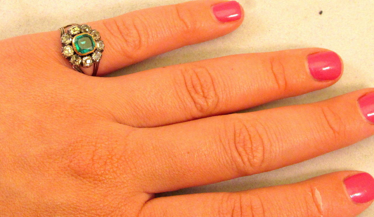 Antique Emerald and Diamond Cluster Ring 3
