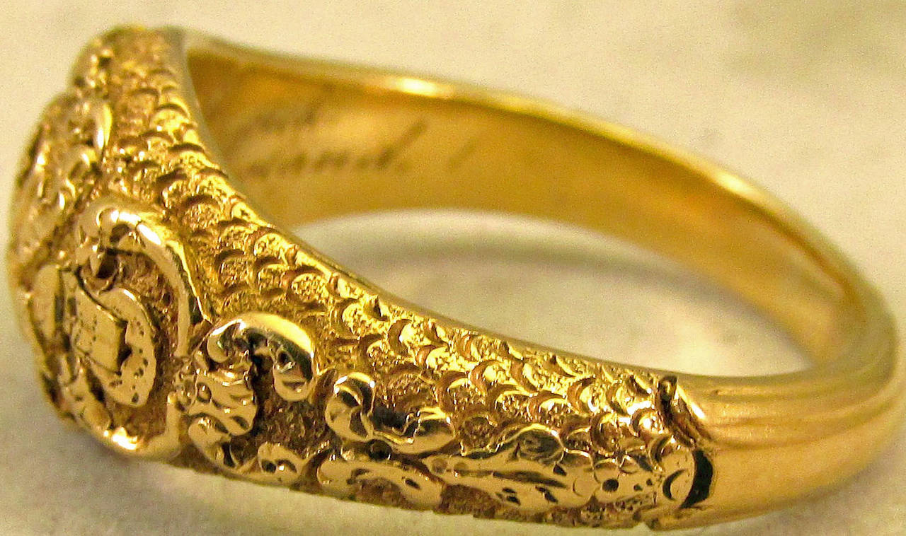 Antique Gold Memorial Ring Caroline of Brunswick Wife of George IV In Excellent Condition For Sale In Baltimore, MD