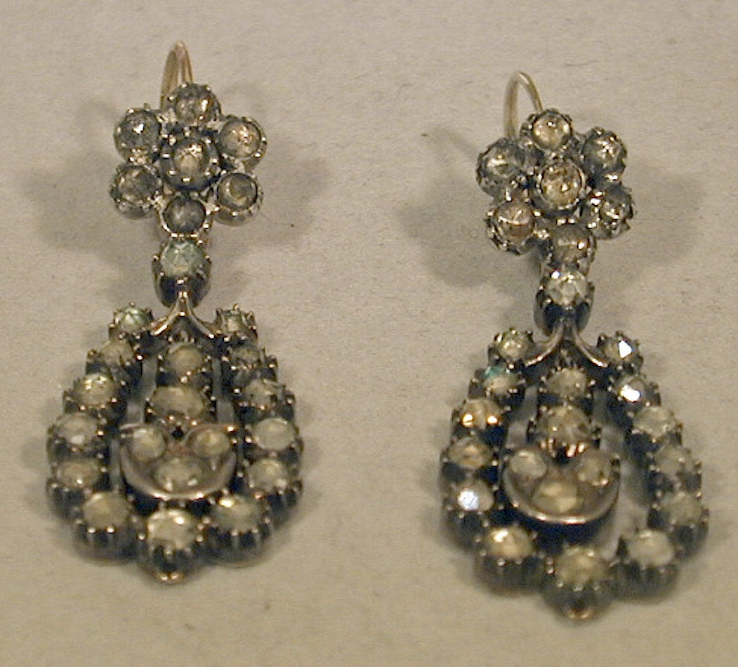 Antique Jargoon Earrings Set in Silver and Gold For Sale 1