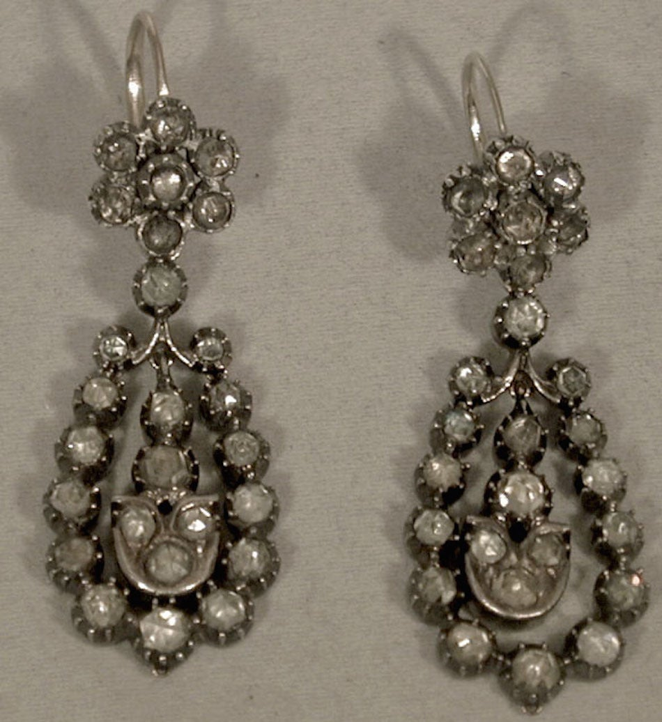 Victorian Antique Jargoon Earrings Set in Silver and Gold For Sale