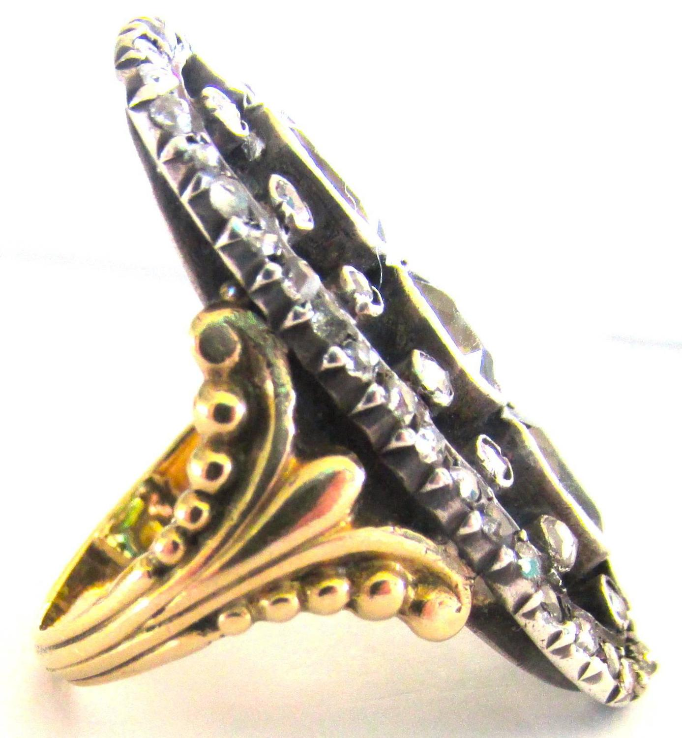 Ornate Red Gold Ring