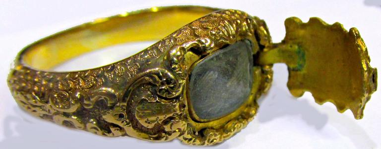 Antique Gold Memorial Ring Caroline of Brunswick Wife of George IV For Sale 3