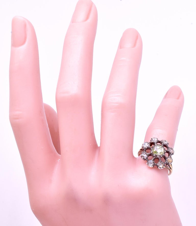 Georgian Dutch Crown Rose Diamond Cluster Ring, 18K In Excellent Condition For Sale In Baltimore, MD