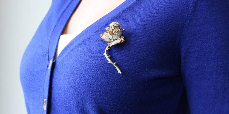 Impressive 11 Carat Brilliant Diamonds Gold Rose Flower Pin Brooch In Excellent Condition In Columbia, MO