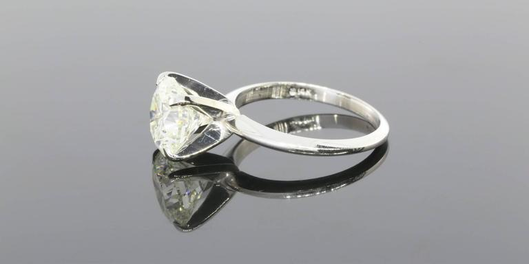 3.08 Carat Round Diamond Gold GIA Certified Solitaire Engagement Ring In As New Condition For Sale In Columbia, MO