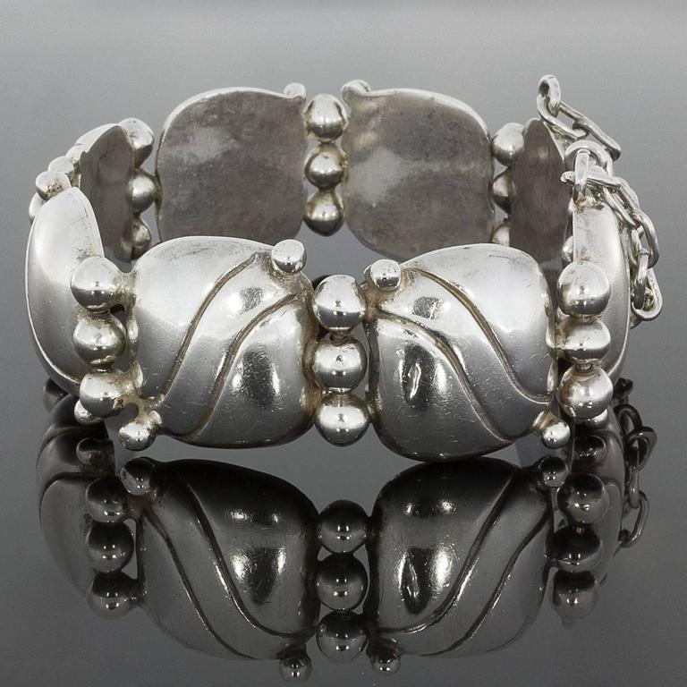 Women's  1940s William Spratling Silver Pillow Wave Bracelet For Sale