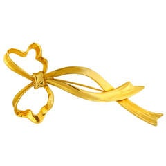 Tiffany & Co. Yellow Gold Large Bow Brooch Pin