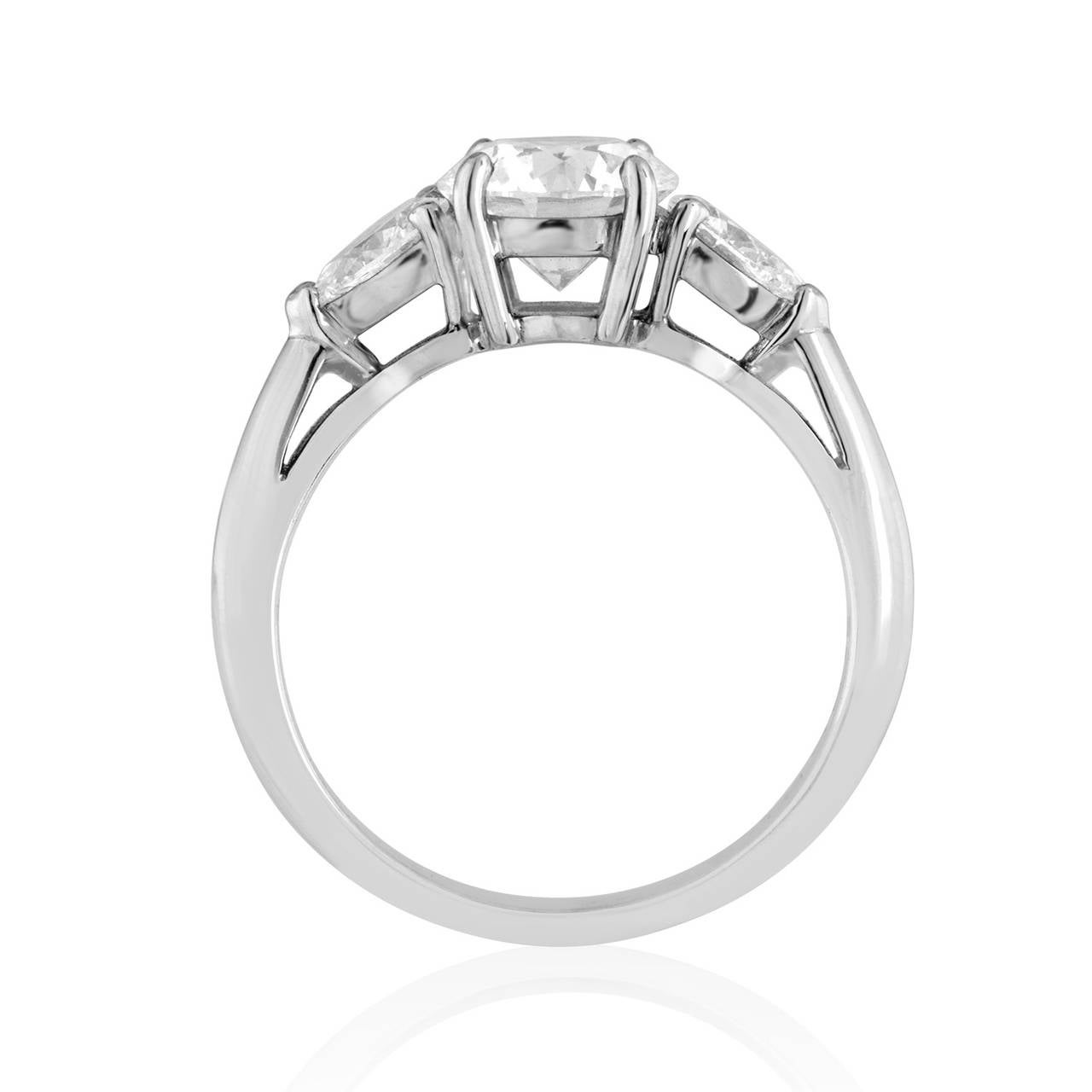 Tiffany & Co. 1.53 Carat G VS1 Diamond Platinum Engagement Ring 3