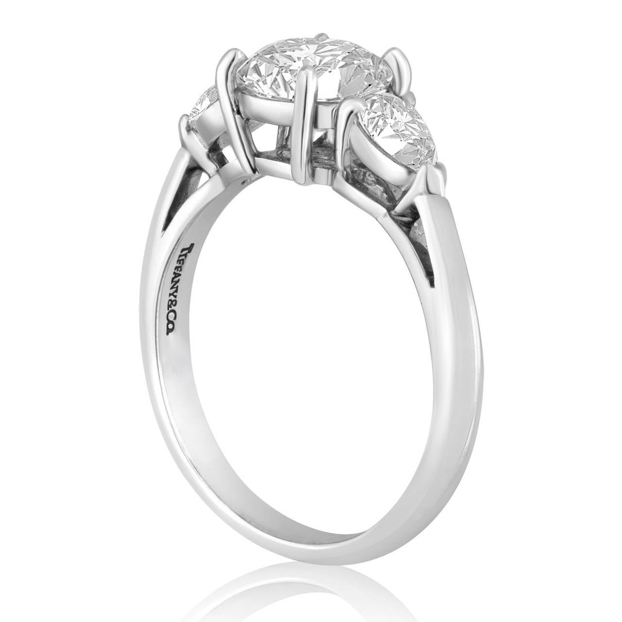 Tiffany & Co. 1.53 Carat G VS1 Diamond Platinum Engagement Ring 2