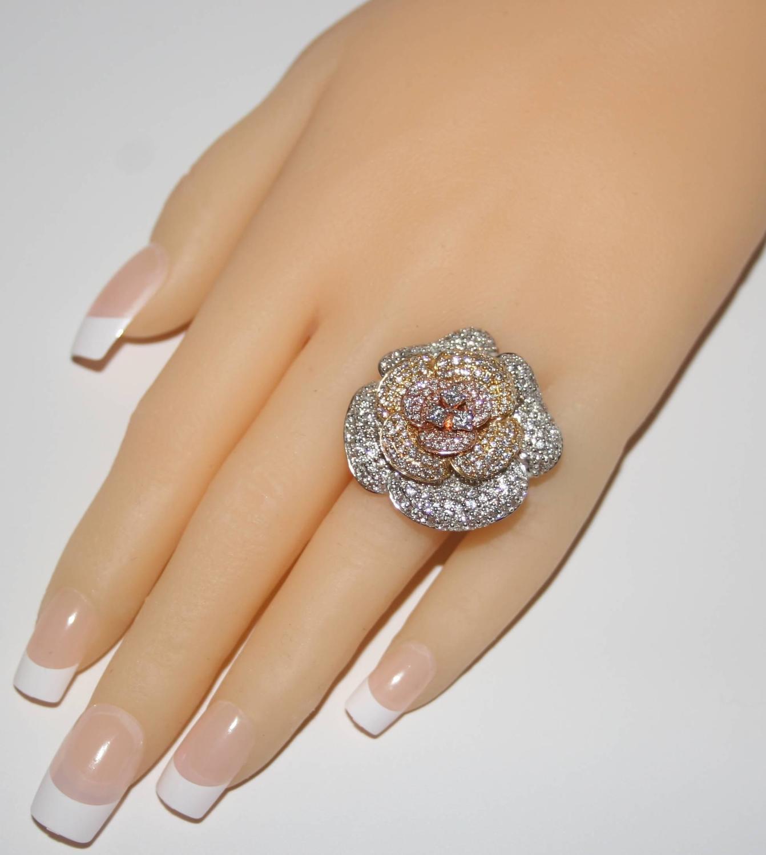 Diamond Flower Ring Yellow Gold