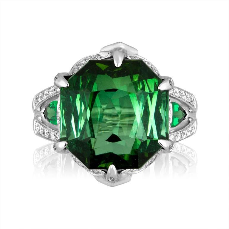 IGI Certified 19.00 Carats Tourmaline Tsavorite Diamond Gold Ring 3