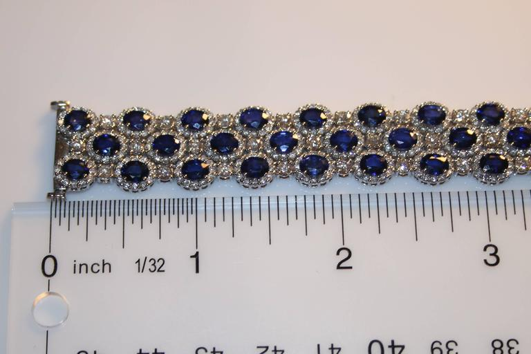 22.10 Carats Sapphire Diamond Gold Bracelet In As New Condition For Sale In New York, NY