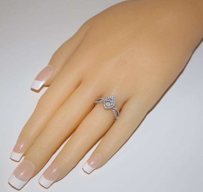 Modern GIA Certified 0.74 Carat Marquise Diamond Gold Engagement Ring For Sale